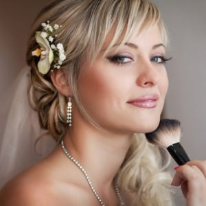 CHOOSING A HAIR STYLE FOR YOUR WEDDING